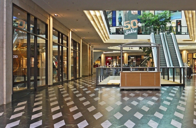 Commercial Real Estate Retail buildings